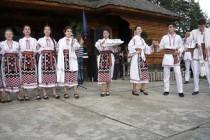 """Festival-concurs interjudețean de datini și obiceiuri de iarnă """"Cununița satului"""", Liești"""