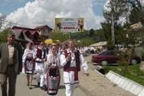 Ansamblul Spicul din Silistea a participat la sezatoarea de la Jitia, judetul Vrancea