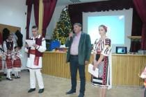 """Primarului si Ansamblului folcloric """"Spicul"""" din Silistea li s-au acordat diplome la Gala premiilor culturale brailene, editia a III-a"""