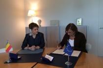 Ministrul Rovana Plumb a semnat, la Strasbourg, Conventiei de la Istanbul privind prevenirea si combaterea violentei împotriva femeilor si a violentei domestice