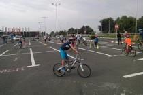 Juniorii au concurat şi s-au bucurat de mersul pe bicicletă la Brăila
