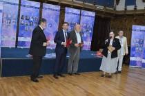Violeta Craiu a primit distinctia:  Titlul de poeta a Iasilor la a III-a editie a Festivalului International - Poezia la Iasi.