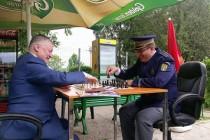 Campionul național la șah al MAI s-a întâlnit cu marele campion Anatoli Karpov