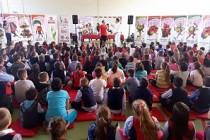 """Chef Cezar și prietenii săi s-au aflat la Școala Gimnazială """"Dimitrie Cantemir"""" din Brăila"""