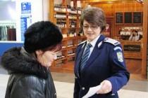 Campanie de mesaje preventive: Dacă e marţi, poliţiştii vorbesc femeilor
