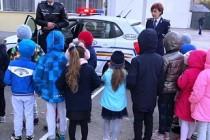 Polițiștii brăileni s-au aflat în mijlocul elevilor, în cadrul săptămânii Școala altfel