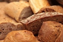 Pâinea neagră cu până la 7g de zahăr pentru 100g de produs! - Top 10 InfoCons