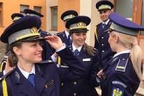 """20 de agenţi de poliţie ai Școlii de Pregătire a Agenților Poliției de Frontieră """"Avram Iancu"""" sunt, de astăzi, noii noștri colegi"""