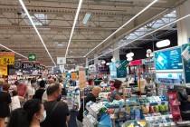 Carrefour Brăila - hipermarketul care nu a auzit de pandemie