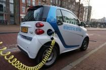 Amsterdam interzice vehiculele și motocicletele pe benzină și motorină din 2030