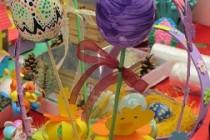 Bucurie sfântă de Paști din inimi de copii