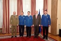 Jandarmi români medaliați de președintele Poloniei