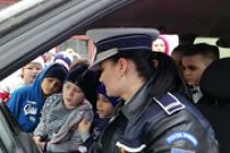 """Întâlniri ale polițiștilor brăileni cu elevii Şcolii Gimnaziale """"Radu Tudoran"""", program educațional"""