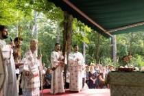 Arhiepiscopul Dunării de Jos a liturghisit sâmbătă la hramul Mănăstirii Sfântul Pantelimon din staţiunea Lacu-Sărat
