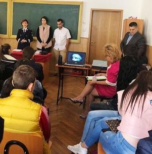 activ elevi